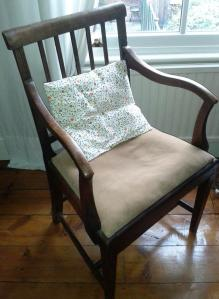 Chair to reupholster